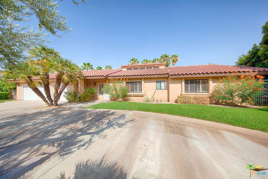 1594 S Farrell Dr, Palm Springs, CA 92264