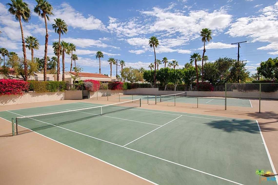 200 E Racquet Club Road Unit 31 06