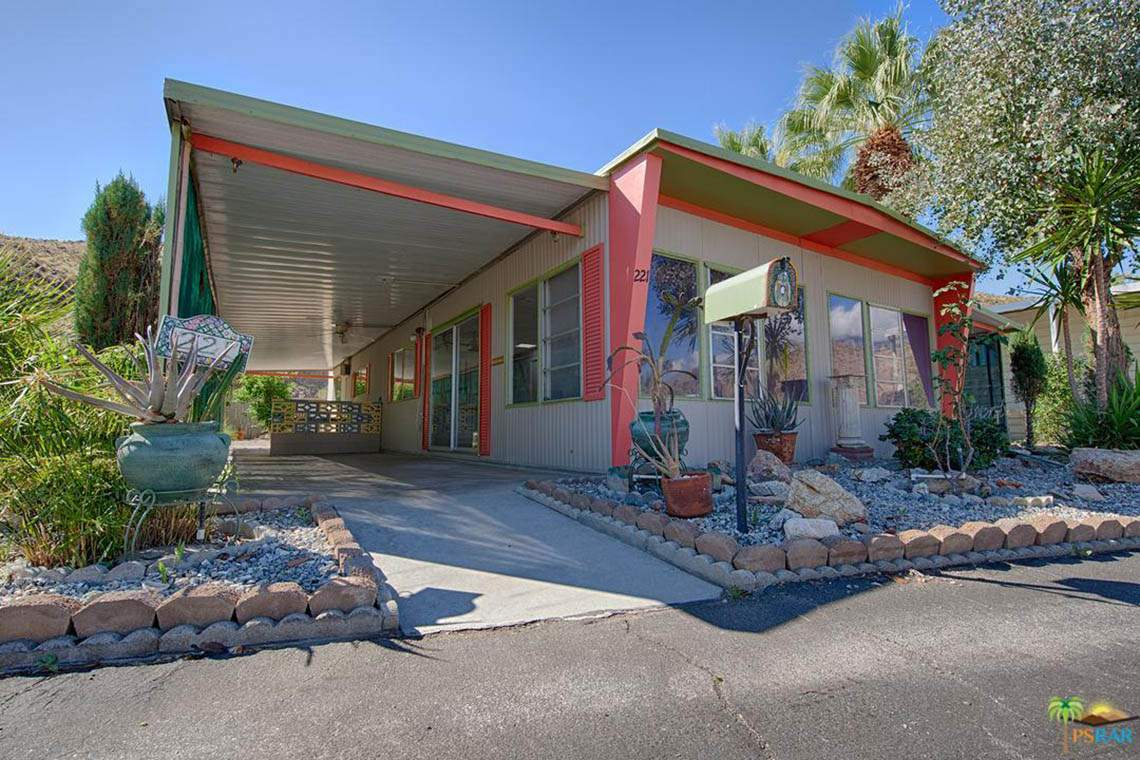 221 Newport Drive, Palm Springs, CA 92264
