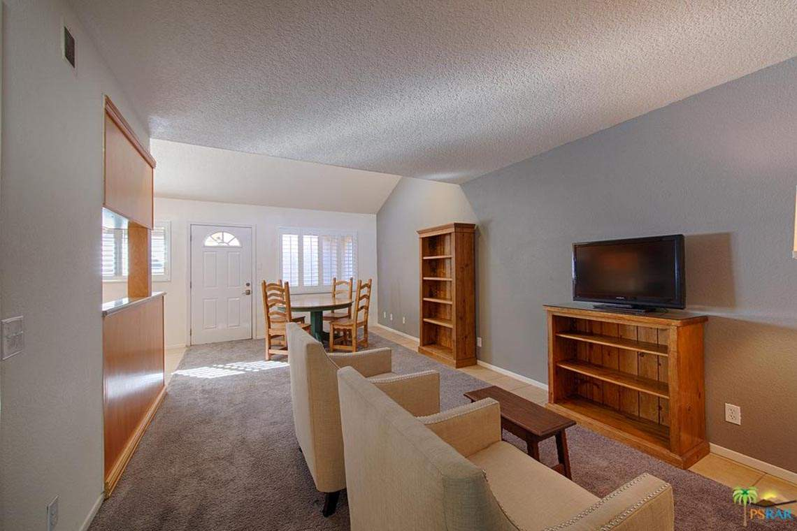 860 N INDIAN CANYON DRIVE #3, PALM SPRINGS, CA 92262