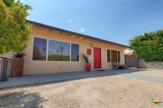 573 S Calle Palo Fierro,  Palm Springs, CA 92264