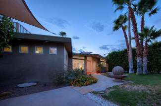 683 N Calle Marcus, Palm Springs, CA 92262