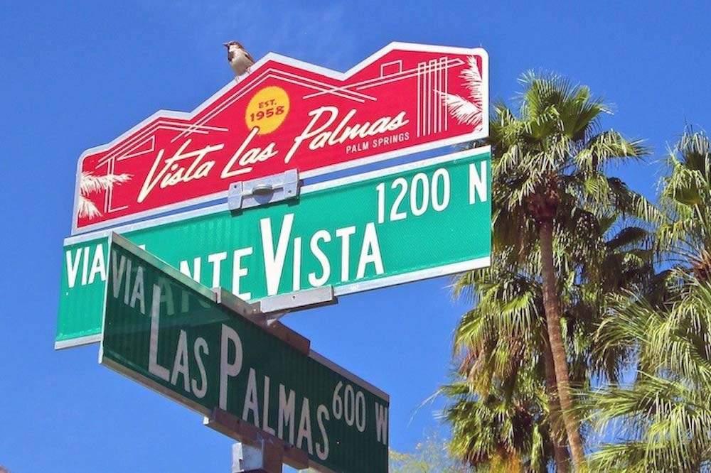 Vista Las Palmas Neighborhood